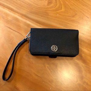 Tory Burch Multi-task Smartphone Wristlet- Black